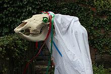 220px-Mari_Lwyd_(wiki)Hobby Horse 2